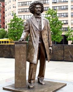 fredrickdouglas statue