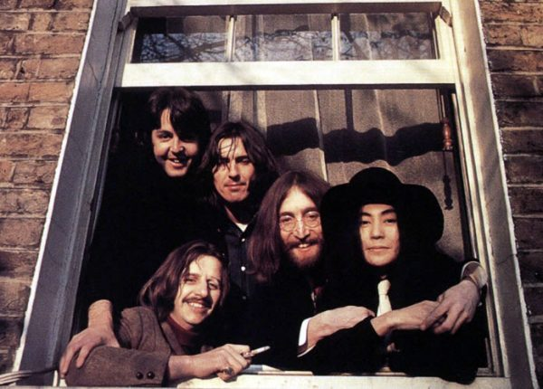 beatles-yoko-window-1